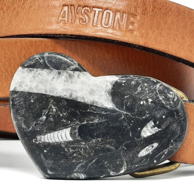 cintura-cuore-fossile-in-marmo