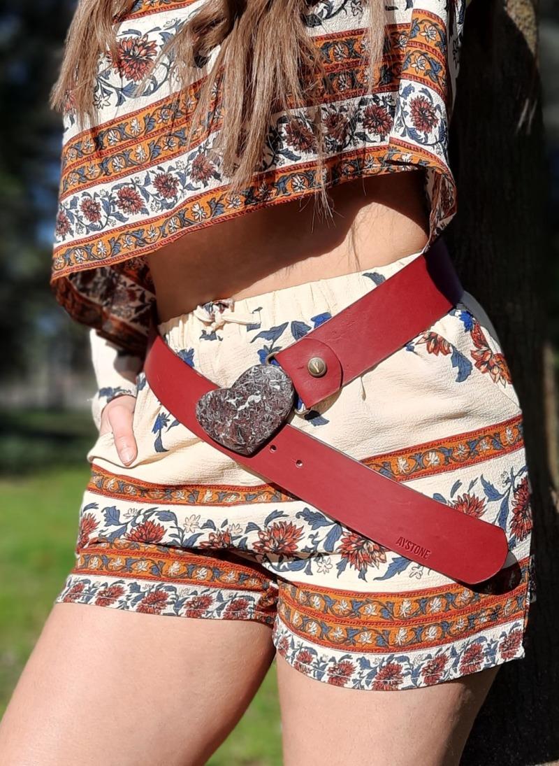 cintura-larga-cuore-in-marmo